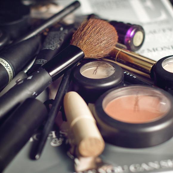 Tem coisa mais gostosa que comprar maquiagem?