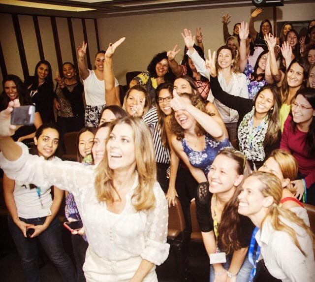 Fim de uma palestra divertidíssima para a Semana da Mulher - Bayer Brasil