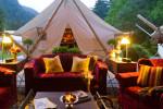 Já pensou em sair da mesmice e se hospedar em tendas na sua próxima viagem?