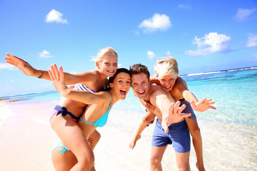 Ao escolher os lugares certos para viajar com a família, você relaxa e se diverte!