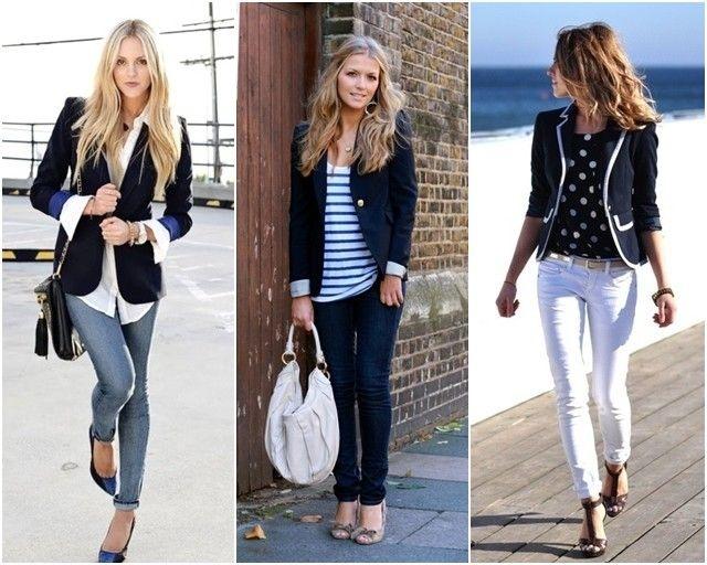 Com camisa branca e blazer azul marinho, um estilo clássico. Com listras ou poás o estilo navy.