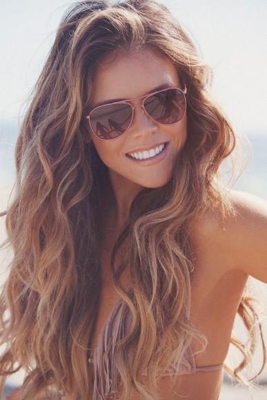Não deixe seus cabelos envelhecerem antes da hora! (Imagem: Pinterest/PrettyDesigns)