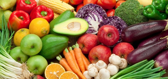 fruits-veggies-table_570