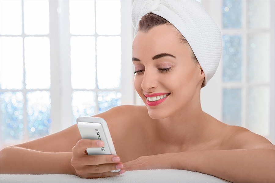 woman-in-spa-with-phone