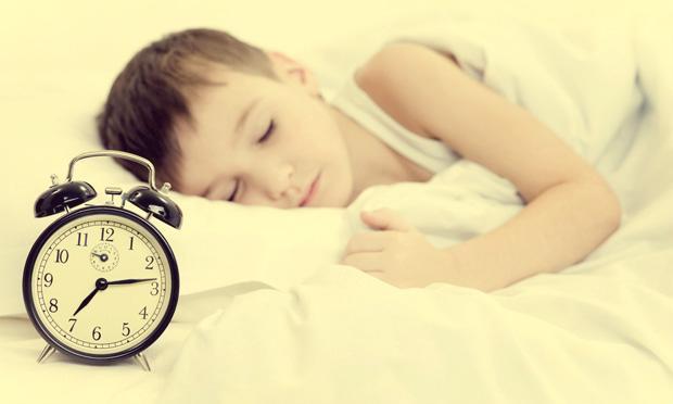 super-nanny-10-regras-de-ouro-menino-dormindo-rotina-05