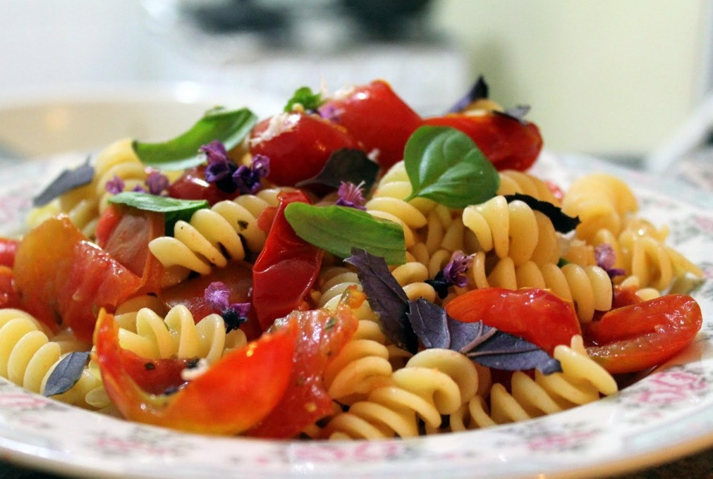 fusilli-com-tomates-cereja
