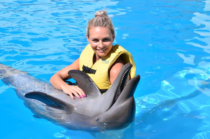 cancun-nadar-com-golfinhos-experiencia