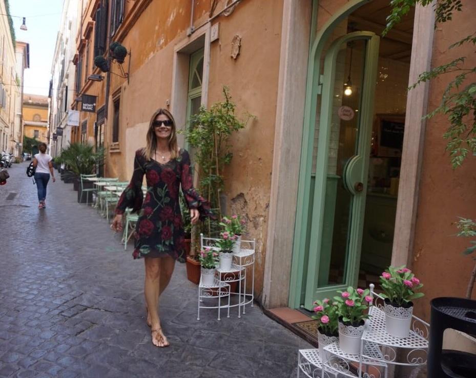 Uma delícia passear pelas ruas de Roma e ainda fazer uma pausa para um bom  almoço 0d3b30fe4a3fd