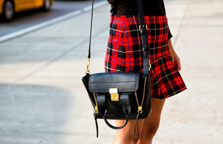 tartan_skirt-vintage_nike-phillip_lim-pashli_bag-outfit-nyfw-new_york_fashion_week-outfit-street_style-20