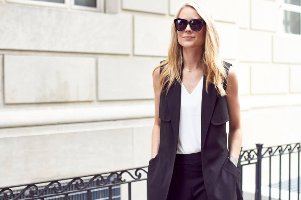 fashion-jackson-express-sleeveless-soft-trench-coat-white-deep-v-neck-strappy-back-tank-black-sunglasses