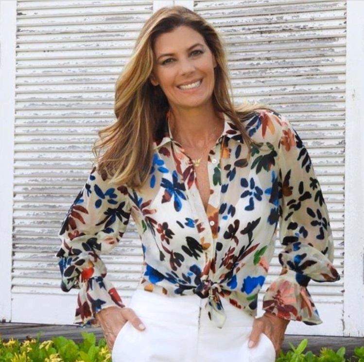 e3da2b051c73 5 maneiras de usar camisa estampada | Fabiana Scaranzi