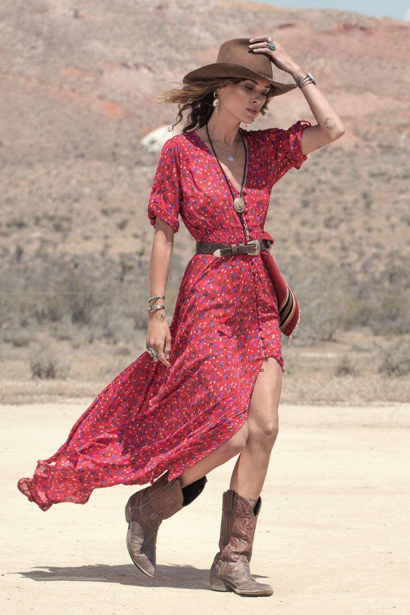 moda - vestido com bota foto de dentro 3
