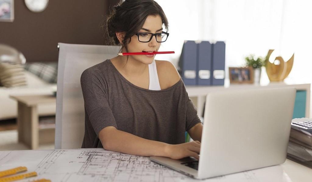 trabalho - começar negócio online foto de dentro